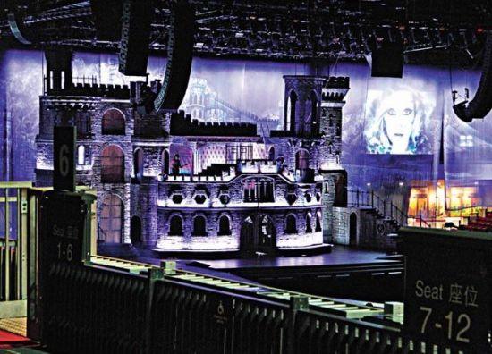 实际搭建的梦幻城堡舞台