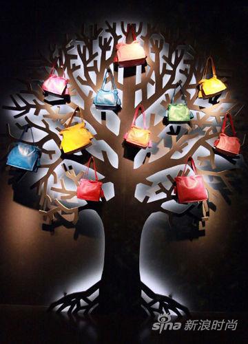 探秘Loewe西班牙手袋博物馆