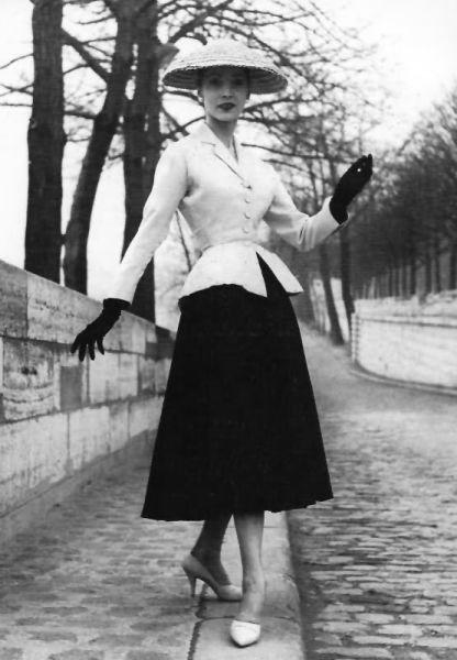 """1947春夏 Dior高级定制系列中的""""New Look"""""""