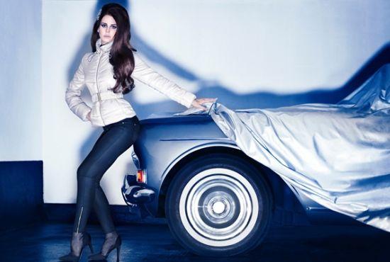 Lana Del Rey For H&M 广告