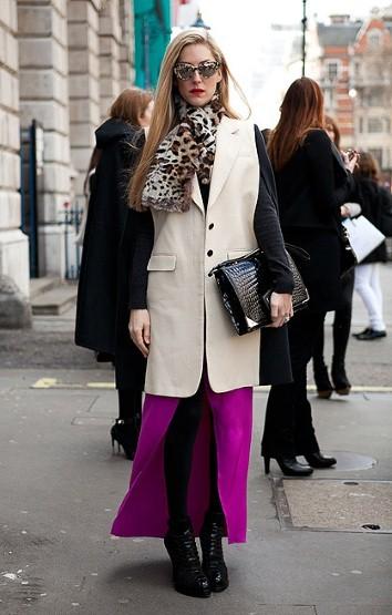 Harper's Bazaar的高级时尚市场编辑Joanna Hillman。